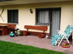 Sitzgruppe und Grillplatz ihrer Ferien Wohnung, Zeltnerhof