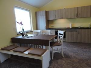 Offene Küche und Eßzimmer ihrer FeWo in Deutschland, Zeltnerhof